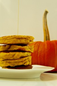 Healthy whole wheat and cinnamon pumpkin pancakes